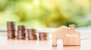 Borç Kapatma Kredisi Veren Bankalar 300x166 - Bankaların Kredi Yapılandırma Seçenekleri
