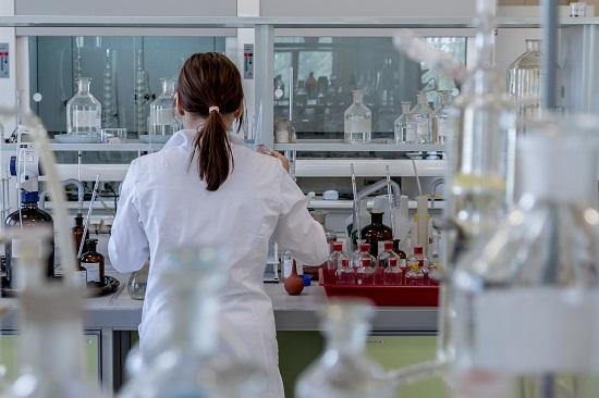 geleceğin hisseleri sağlık sektörü - Türkiye'nin Gelecek Vaat Eden Sektörleri ve BİST Şirketleri