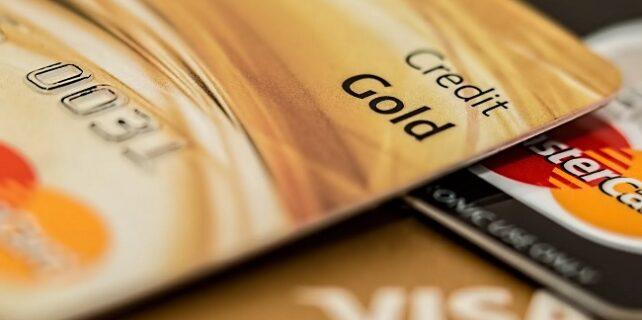 Kredi Kartı ve Banka Kartı Arasındaki Farklar 642x320 - Kredi Kartı ve Banka Kartı Arasındaki Farklar