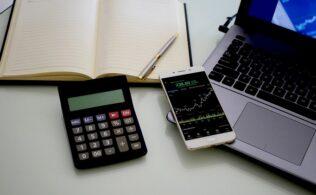 hisse senedi hesabı açmanın yolları 316x195 - Yeni Başlayanlara Borsada Nasıl Yatırım Yapılır?