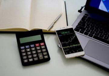 hisse senedi hesabı açmanın yolları 360x250 - Yeni Başlayanlara Borsada Nasıl Yatırım Yapılır?