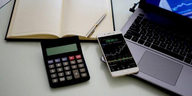 hisse senedi hesabı açmanın yolları 642x320 - Yeni Başlayanlara Borsada Nasıl Yatırım Yapılır?