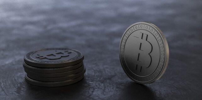 bitcoin madenciligi siteleri 642x320 - Bulut Madenciliği Yapılabilecek 3 Web Sitesi