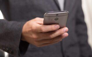 mobil borsa uygulamalari 316x195 - Borsa Takibi Yapabileceğiniz En İyi 3 Mobil Program