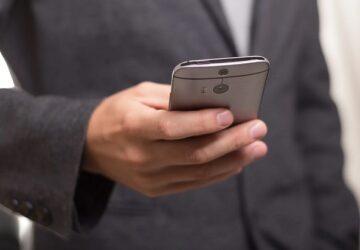 mobil borsa uygulamalari 360x250 - Borsa Takibi Yapabileceğiniz En İyi 3 Mobil Program